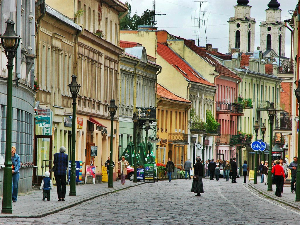 According to a survey published by Rotten Wi-Fi in early December, Lithuania comes in first place as the country providing the best public Wi-Fi hotspots. - Vilnius old town